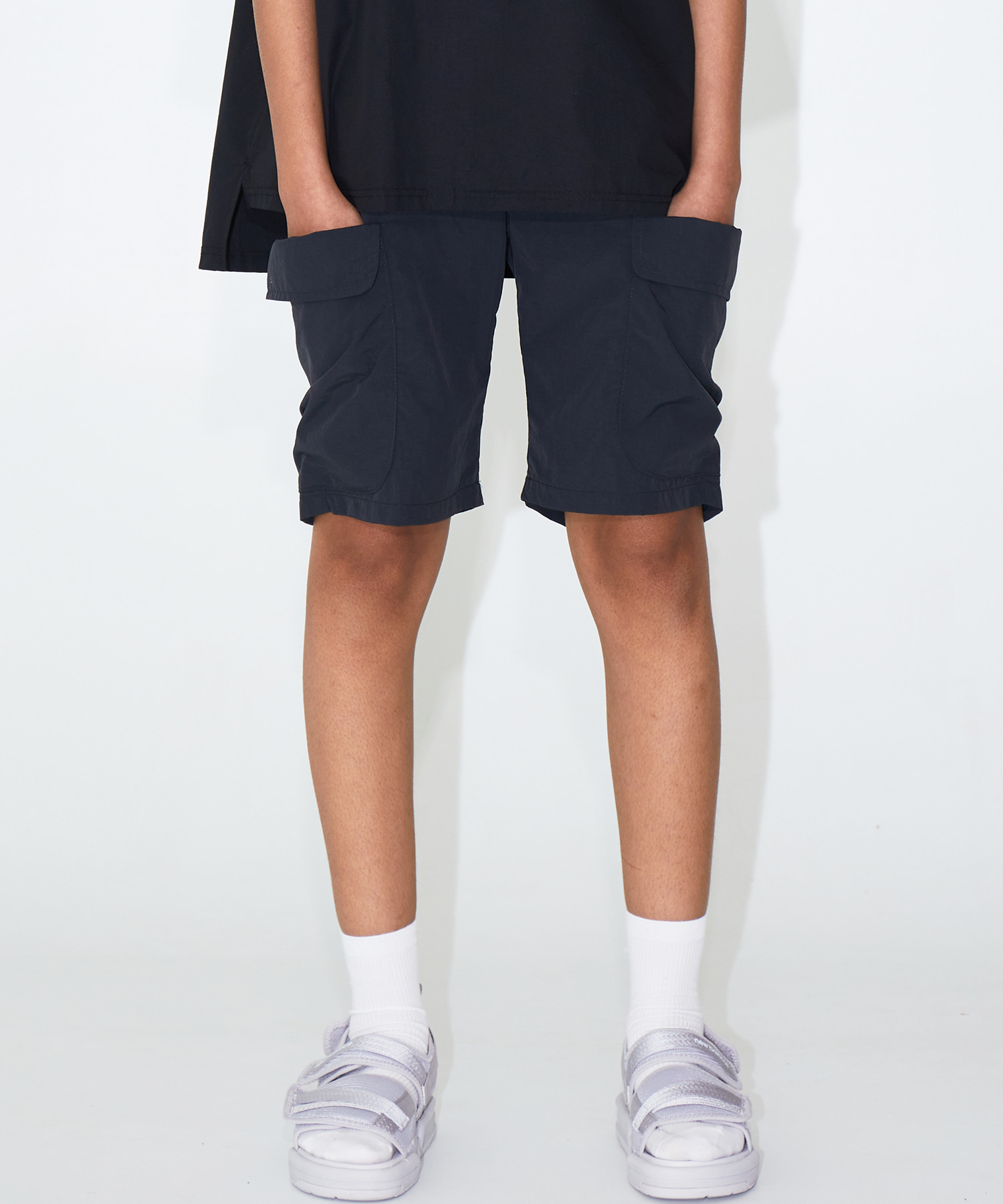 BIG POCKET HALF PANTS - BLACK